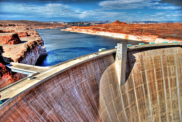 GLEN CANYON DAM, GLEN CANYON NATIONAL RECREATION AREA, AZ