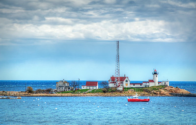 EASTERN POINT LIGHTHOUSE , GLOUCESTER, MASSACHUSETTSS