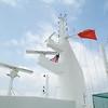 QM2: Navigational masts