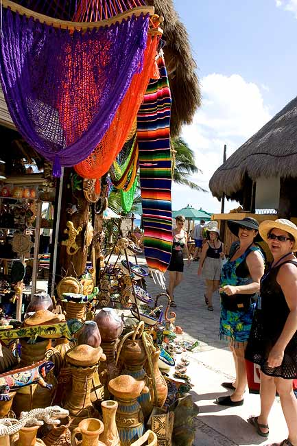 """SHOPPING AT COSTA MAYA"""