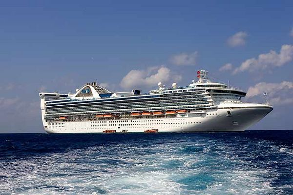 """TENDERING TO GRAND CAYMAN FROM THE GRAND PRINCESS"""