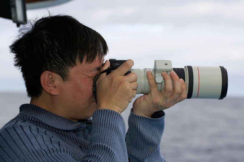 Paul Ng shoots with my Canon Digital Rebel XT and 400/5.6L lens (Galapagos - Darwin)
