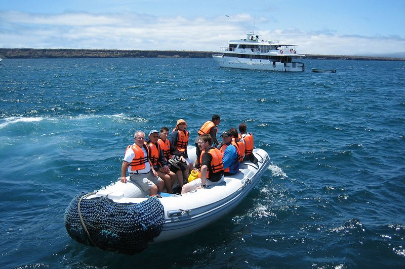 The panga ride to shore (Galapagos - North Seymour)