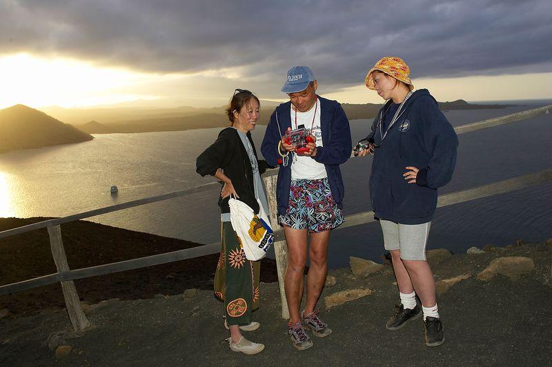 Izumi, Manny, and Tamaki (Galapagos - Bartolome)