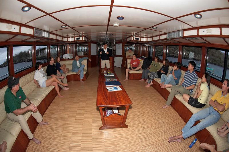 Briefing on the Deep Blue (Galapagos - Deep Blue)