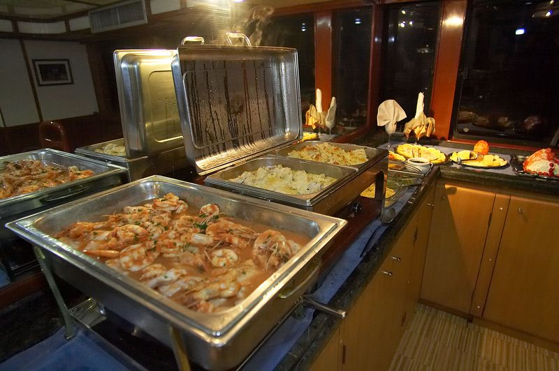 A typical dinner on board the M/V Deep Blue (Galapagos - Deep Blue)