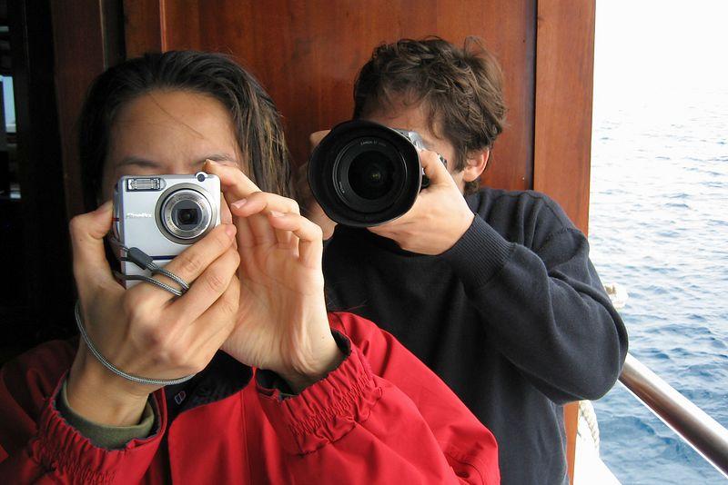Lena and Alexis (Galapagos - Deep Blue)