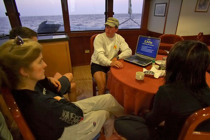 Doug gives a lecture about diving Nitrox  (Galapagos - Deep Blue)