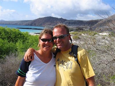 Teamfoto op Floreana. Galapagos Eilanden.