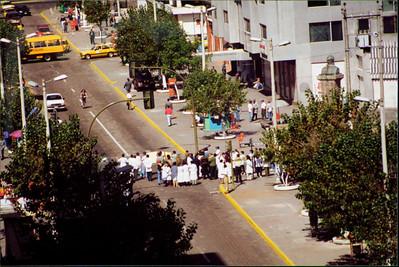 Galapagos   June 2000: Quito - 3