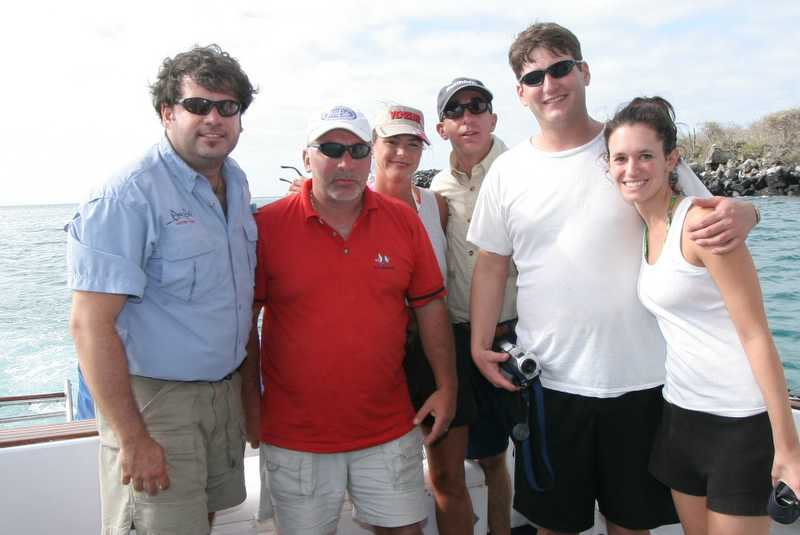 Friday, January 06, 2006<br /> <br /> This is our crew from left to right. Tim, Pete, Julie, Andy, Scott and Angela. Tomorrow we will be fishing for Marlin again and Gustavo the owner of the boat will be accompanying us.