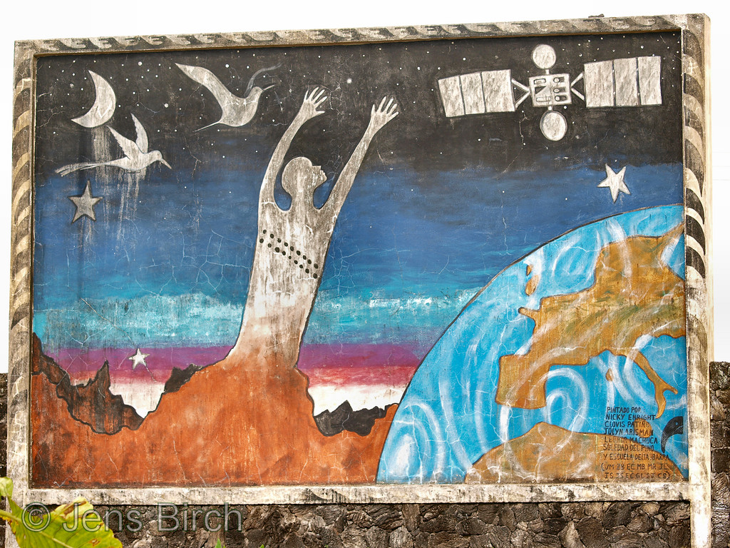 Road-side painting in Santa Rosa, a small village in the highland of Santa Cruz, some 40 km from Porto Ayora, Galapagos Islands.