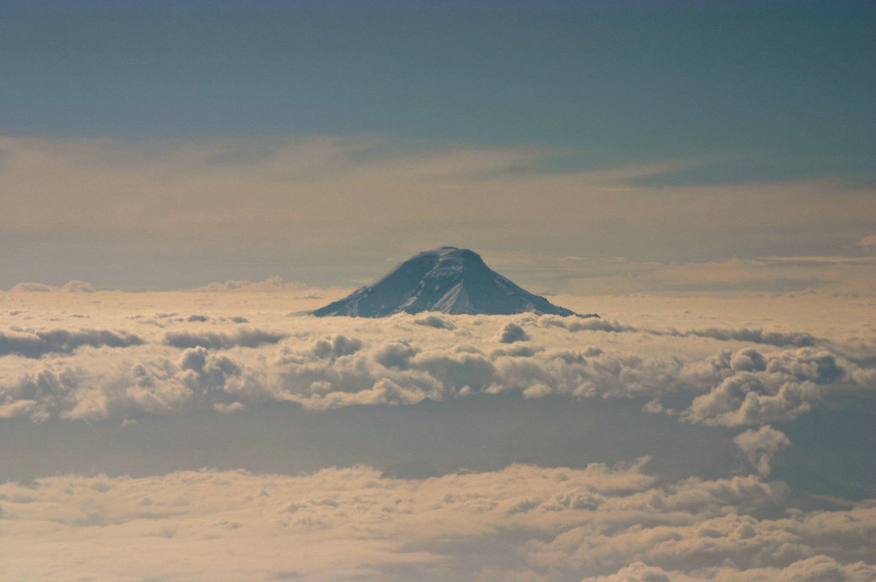 EQUADOR,COTOPAXI FROM PLANE