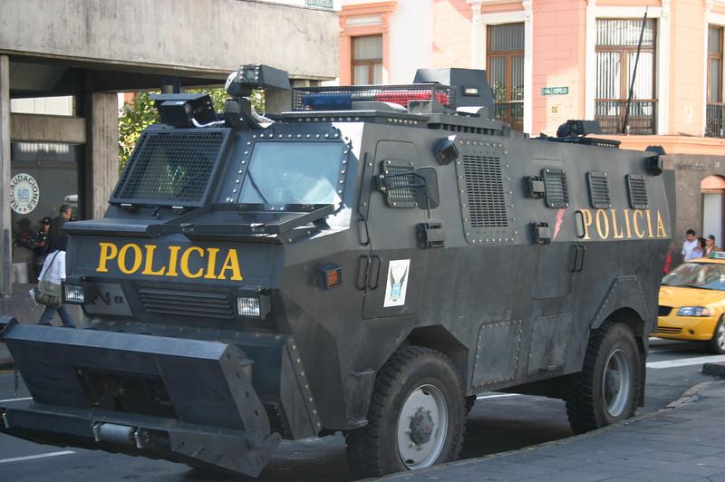 POLICE VEHICLE, QUITO