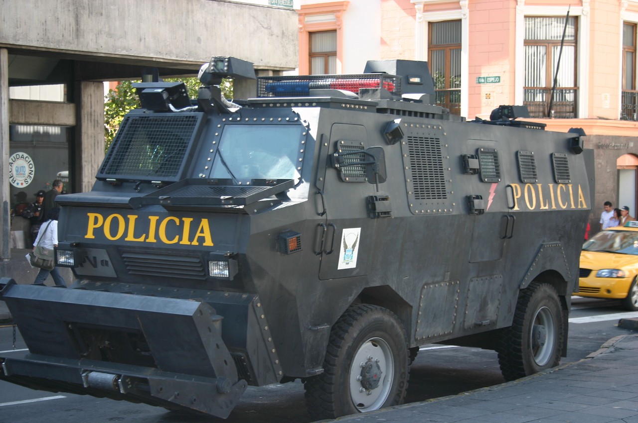 POLICE VEHICLE, QUITO