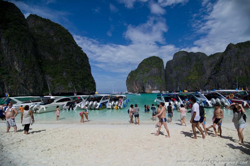 ppl mountain ppl sea at maya bay