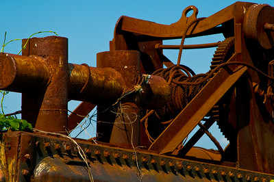 A rusted old winch