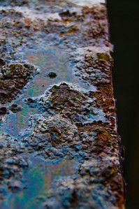 There's just something about rusty, crusty metalic objects that compells me to press the shutter release