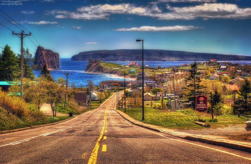 The Percé Village