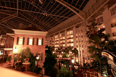 Gaylord Opryland Resort: Nashville Tennessee  Delta Mezzanine  © Copyright m2 Photography - Michael J. Mikkelson 2009. All Rights Reserved. Images can not be used without permission.