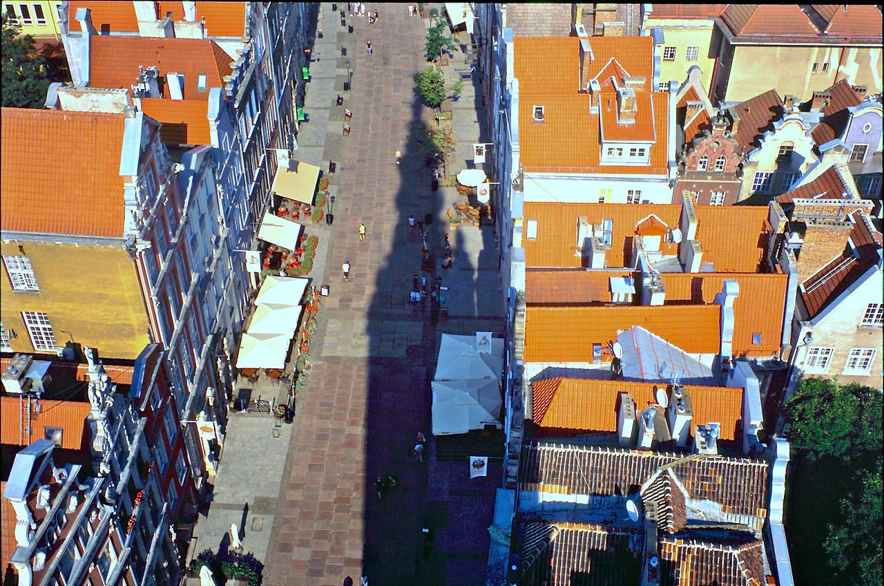 http://ikonpeter.smugmug.com/Travel/Gdansk/i-gVBG56t/0/X2/%200814-%20166-X2.jpg