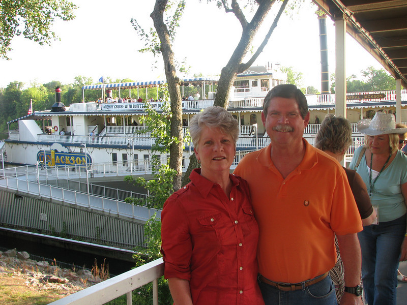 Ron & Lynda getting ready to board for our dinner cruise and show.