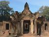 Entrance to Banteay Srei