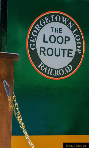 Logo of the Georgetown Loop Railroad.