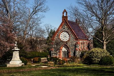 Chapel in Oak Hill Cemetary