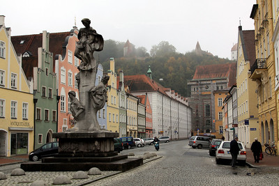 Landshut - Neustadt, the second main street in the old part of Landshut, running parallel to Altstadt.  The monument is a memorial to WW1 (I think).