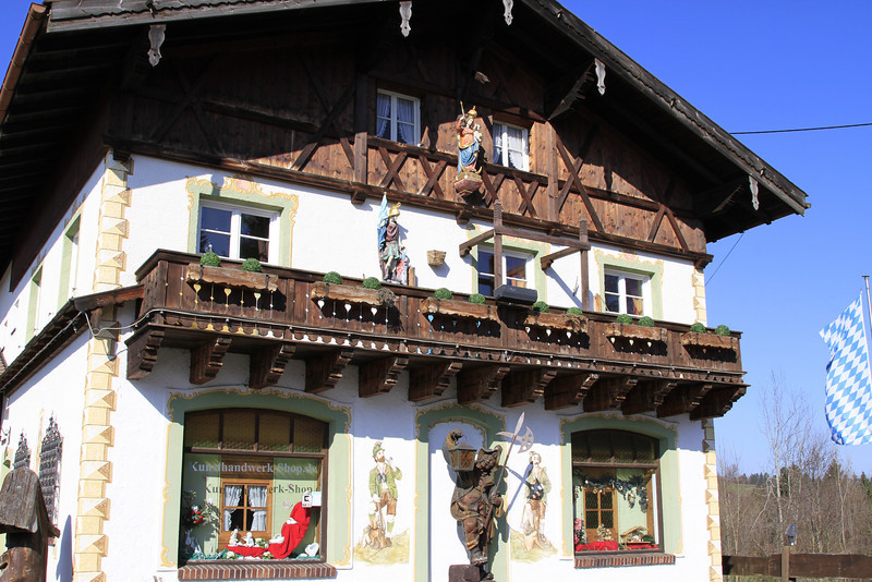 This is the wood carving shop that I bought Cyndy's Edelweiss engagement ring in 2004.
