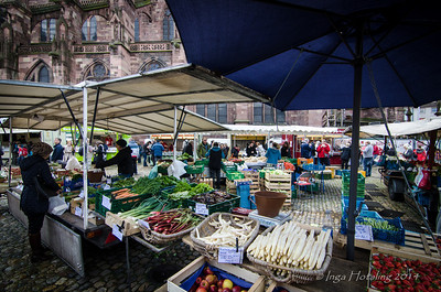 Freiburger Marktplatz - a great place to shop and eat local specialties.