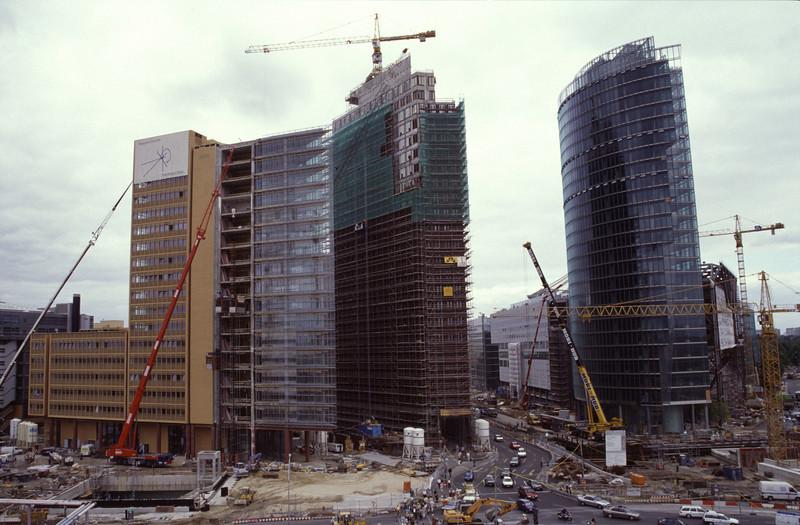 Potsdamer Platz construction site in 1999