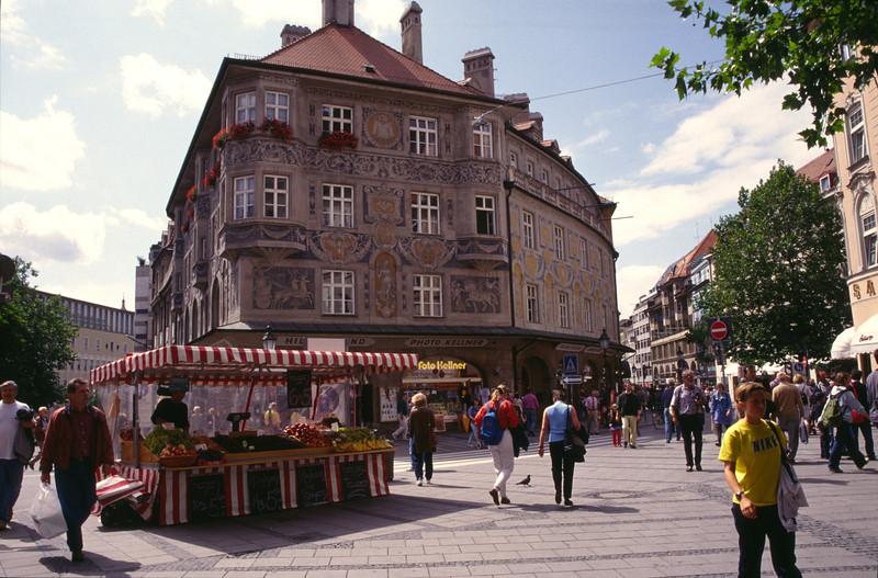 Fruit stall and shops Rindermarkt Munich
