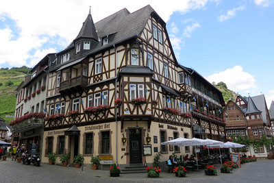 AltKonisher Hof Bacharach 02