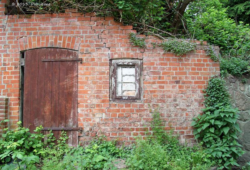 Lauenburg - old wall, May 18, 2013.
