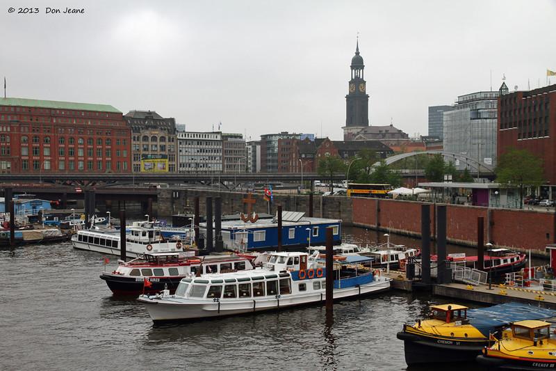 Hamburg canals, May 19. 2013. Boat tours.