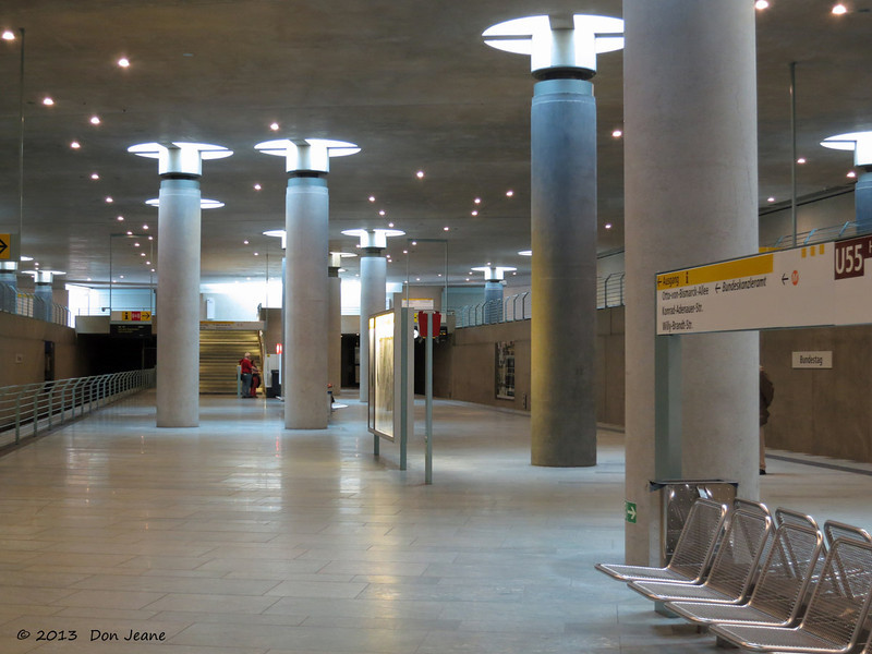 Berlin Subway - under the Reichstag, May 30, 2013. Looks like a new section.