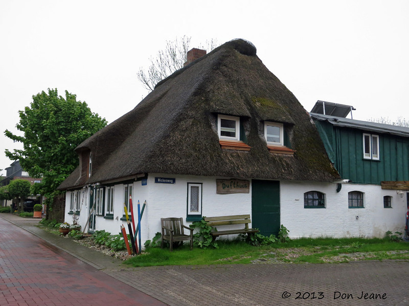 100 year-old thatched-roof house,  Busumer-Deichhausen, May 21, 2013.