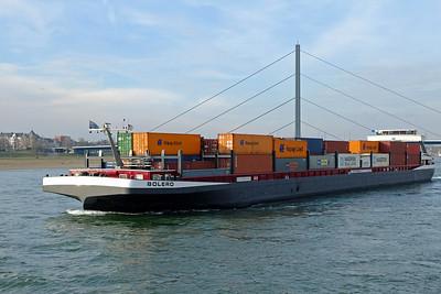 Dusseldorf Rhine River barge 02