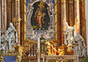 Another totally OTT high altar. Very dramatic.