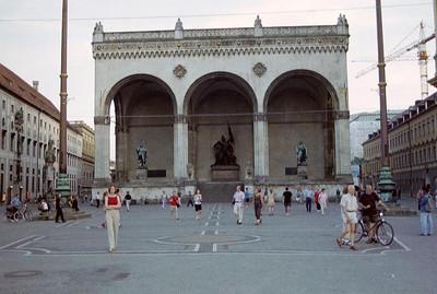[2001] Munich