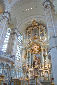 Frauenkirche altar.  This church is cylindrical and seats the congregation on multiple levels.  The church was nearly destroyed in Feb 1945 during the firebombing, though the renovation was recently completed to show the church in a beautifully restored form.