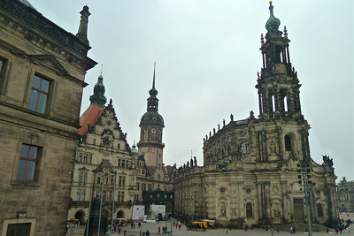 Hofkirche - view facing the Elbe
