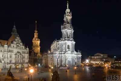 Dresden Altstadt and Venus (above the Semperoper)