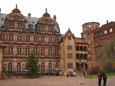 Visiting the Heidelberger Schloss on a rainy day