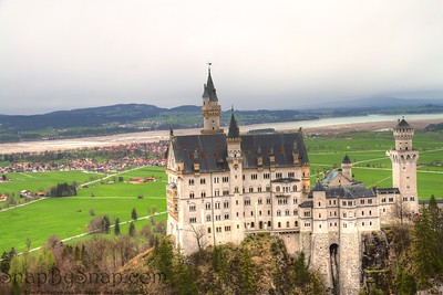 Newschwander Castle and Valley