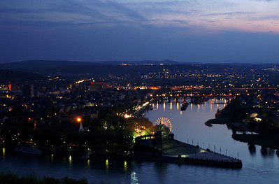 Deutsches Eck at dusk