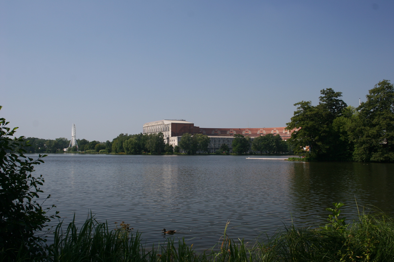 They tried to pretty up the arera surrounding the unfinished state building which now acts as the documentation centre by placing a faris wheel and beautiful lake area there.  This was a Day trip to the Nazi Documentation Museum in Nurnberg, Germany.