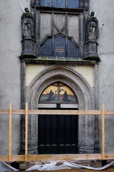 porta onde Martinho Lutero pregou suas 95 teses<br /> Igreja do Castelo de Wittenberg<br /> Wittenberg, Alemanha